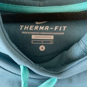 Nike Sweaters - Nike Women's Dri-Fit NWT Sweatshirt Cowl Neck
